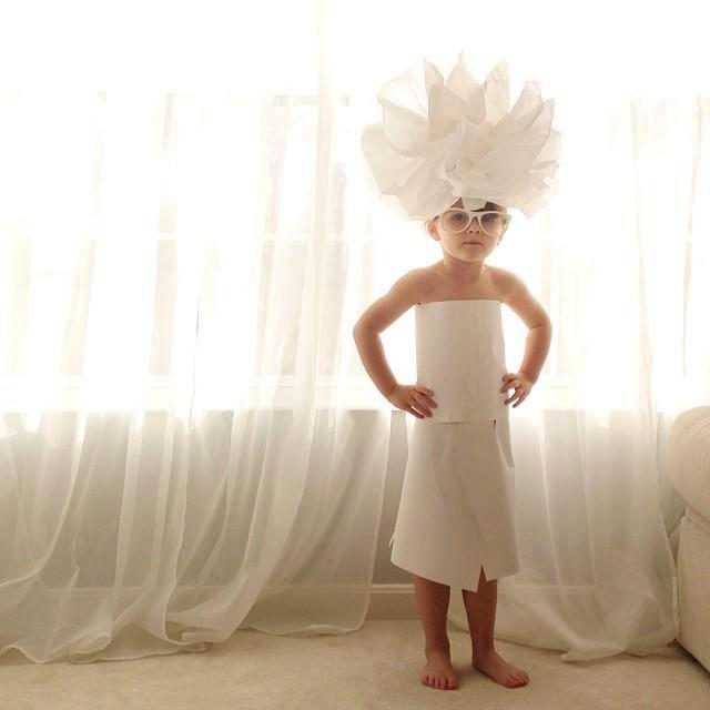 petite-fille-styliste-de-mode-a-4-ans17