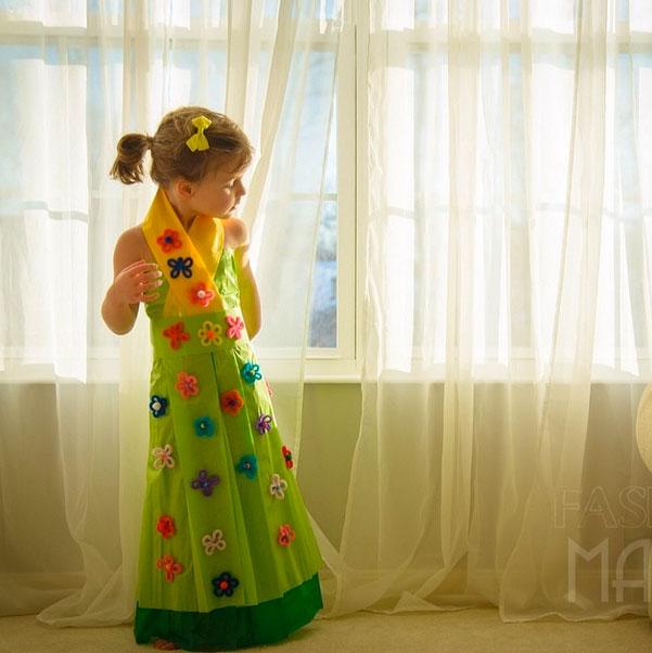 petite-fille-styliste-de-mode-a-4-ans51