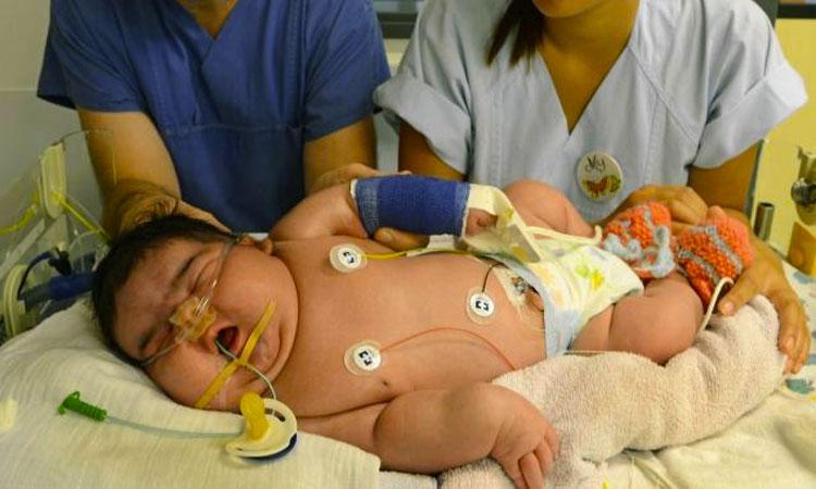 voici-jasleen-l-un-des-plus-gros-bebes-du-monde-ne-sans-cesarienne