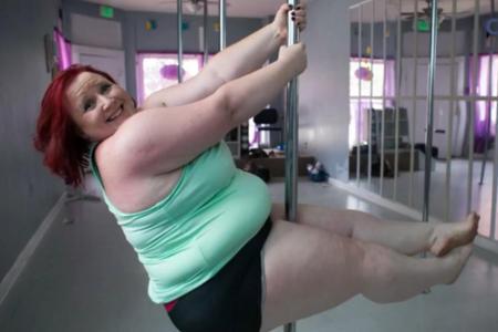 Grosse Femme Sexy Photo la plus grosse «pole danseuse» du monde de 114 kilos - cocktail