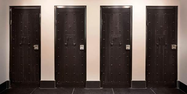 hotel-prison1