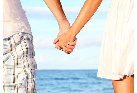 Couple-etre-amoureux-il-n-y-a-rien-de-mieux_exact441x300