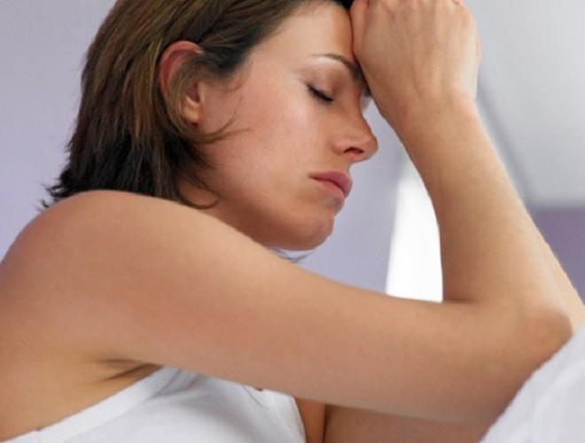 endométriose-femme-souffrante-660x500