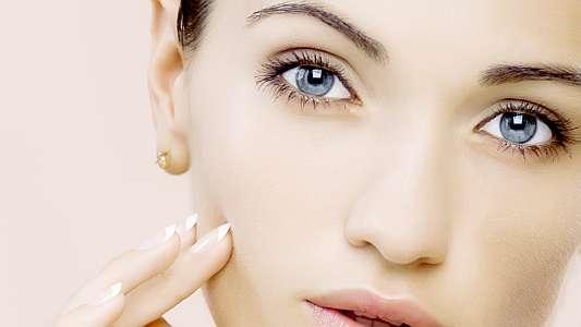 soins-du-visage-les-nouveautes-2015-joues