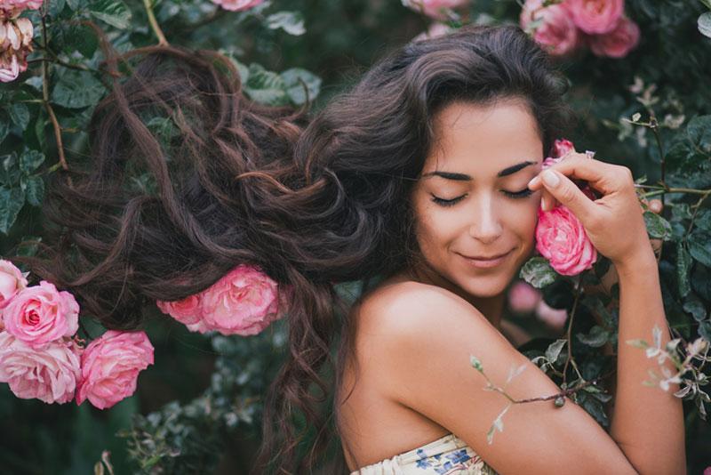 femme-fleurs