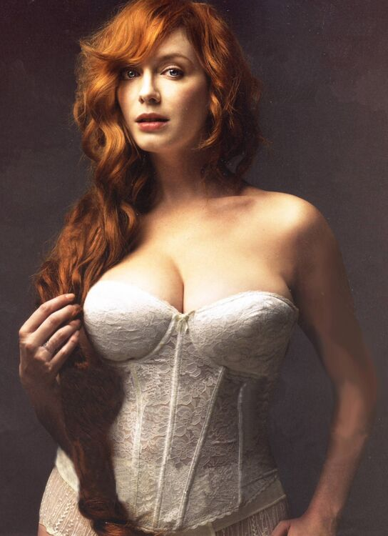 christina-hendricks-mensurations