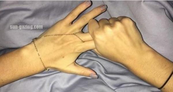 deux_doigt